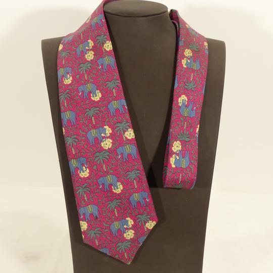 Cravate Hermes vintage décor éléphants sur Label Emmaüs, boutique en ... 0de06745a7e