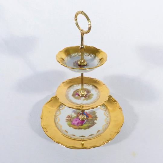 0d3d17acda4e Serviteur à dessert Limoges décor Fragonard sur Label Emmaüs ...