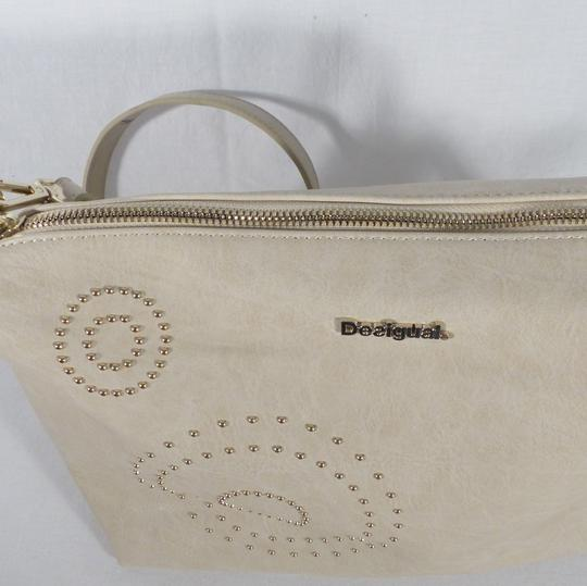 Sac à main beige perlé Desigual - Photo 3