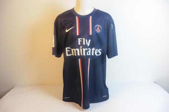Maillot du PSG Ligue 1, 80 ans, signé par Ibrahimovic - Photo 0
