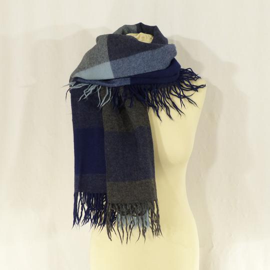 Etole à carreaux bleus et gris sur Label Emmaüs, boutique en ligne ... 19d44ee5d16