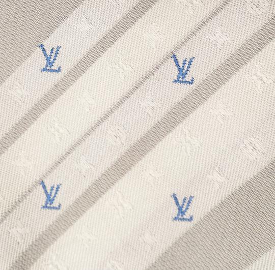 Cravate Louis Vuitton neuve sur Label Emmaüs, boutique en ligne ... 3ea6b35f2121