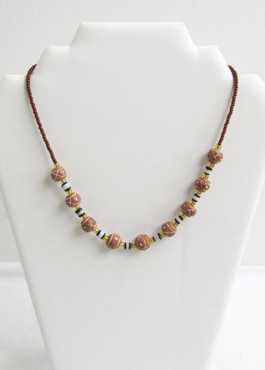 71b5c9df9e45 Collier en perle et pierre sur Label Emmaüs, boutique en ligne solidaire