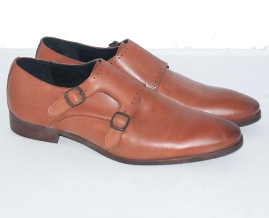 Chaussures Cousu véritable. Taille 44