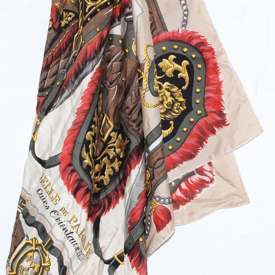 Foulard BACCARA Lyon en soie. sur Label Emmaüs, boutique en ligne ... 2f68aacaa37
