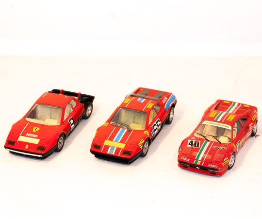 Voitures Ferrari Miniature Bugaro Sur Label Emmaüs Boutique En